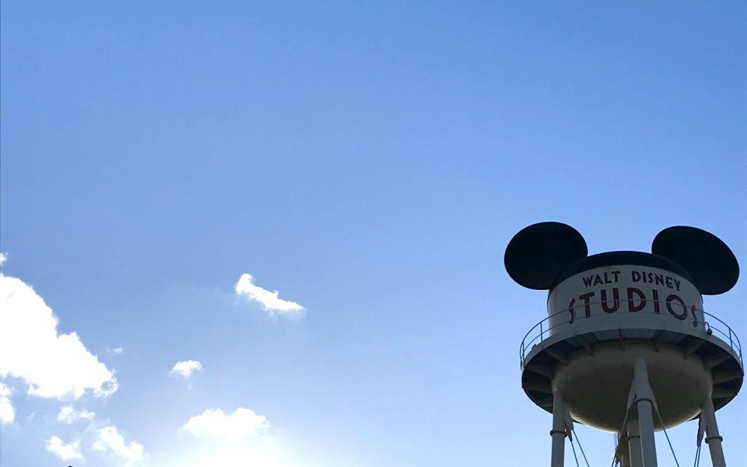 Descubre cómo llegar a Disney en coche desde España